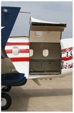 PC-12_cargo_door